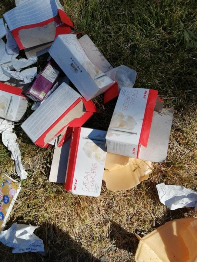 Nitrous Oxide canister packets littered at Moss Bank Park
