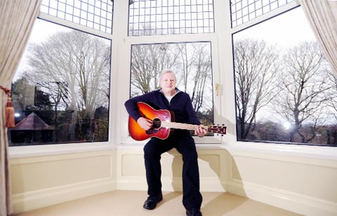 VIDEO: The Beatles ticket auction strikes a chord with Darwen guitarist