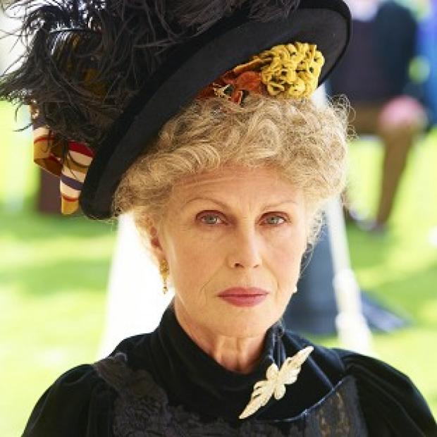Joanna Lumley has no problem with 'ugly roles'