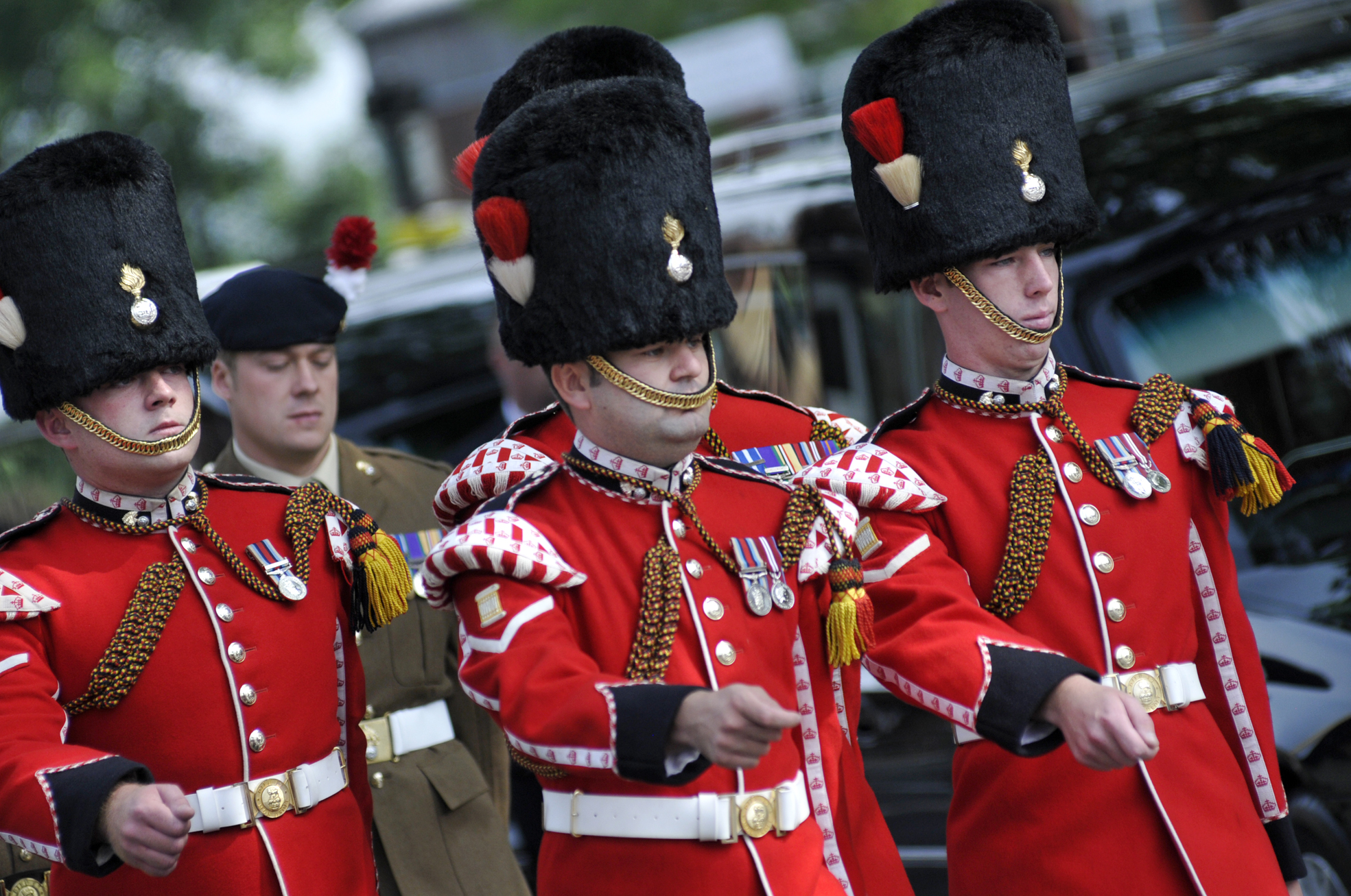 Controversial plans to disband Fusiliers' battalion are given the go-ahead