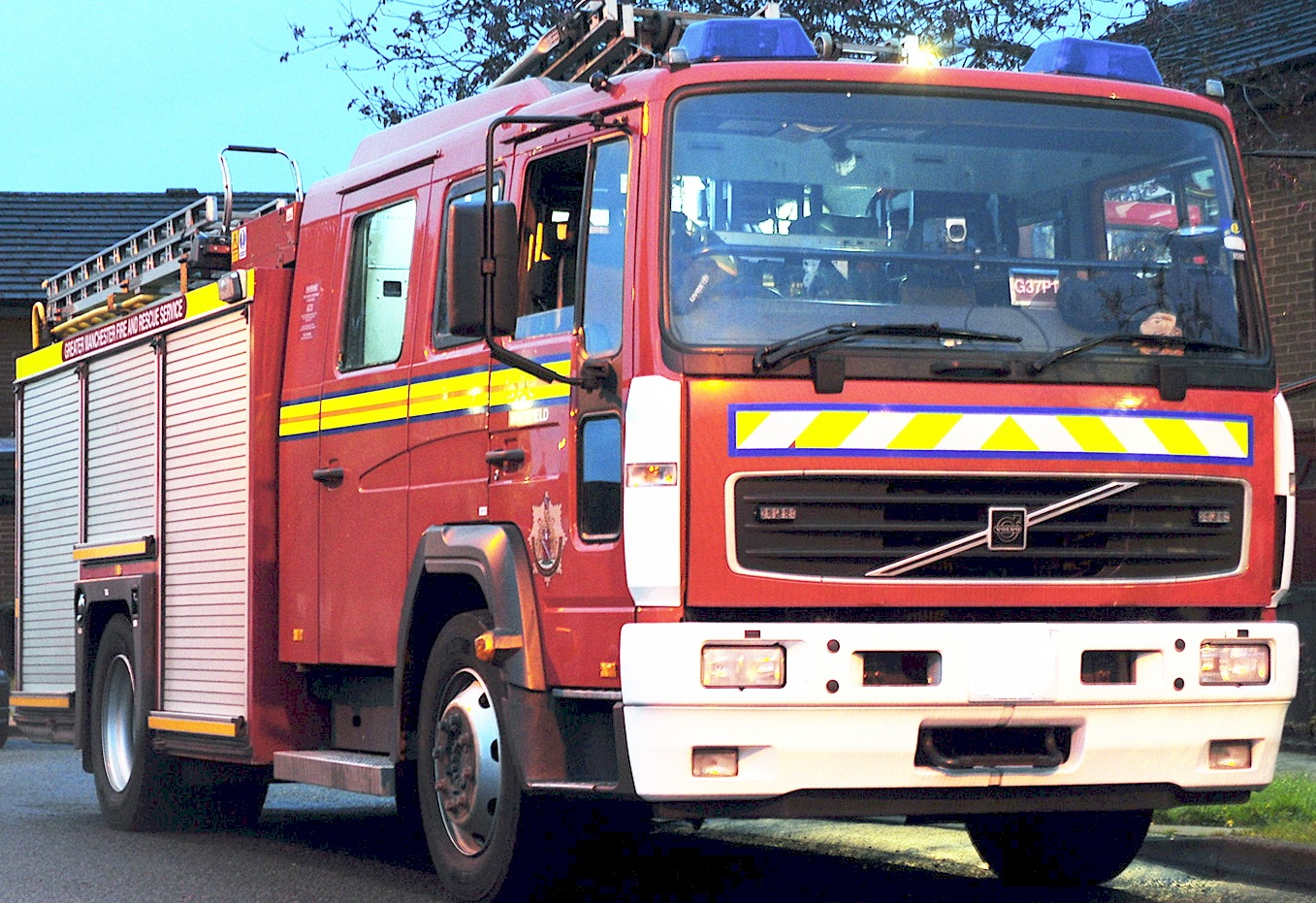 Man led to safety after food blaze