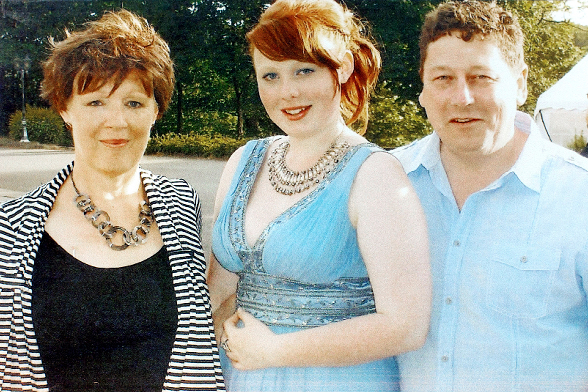 Hannah with her late mum, Ann, and Dad, Greg.