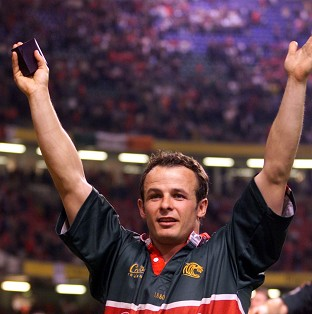 Former rugby star Austin Healey has been forced to pull out of Splash