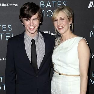 Freddie Highmore and Vera Farmiga play mother and son in Bates Motel