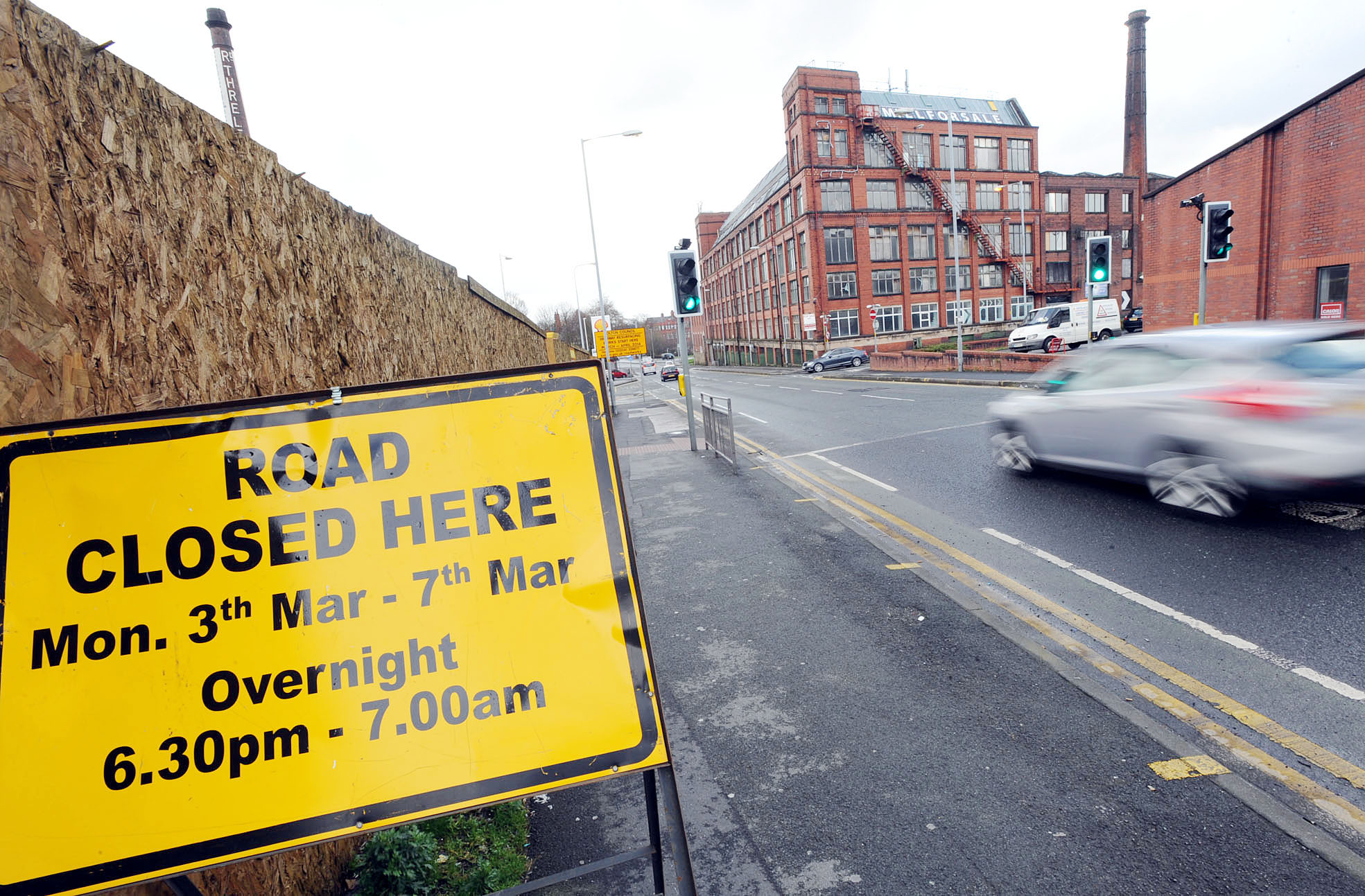 Drivers face disruption as key town centre road closed for resurfacing