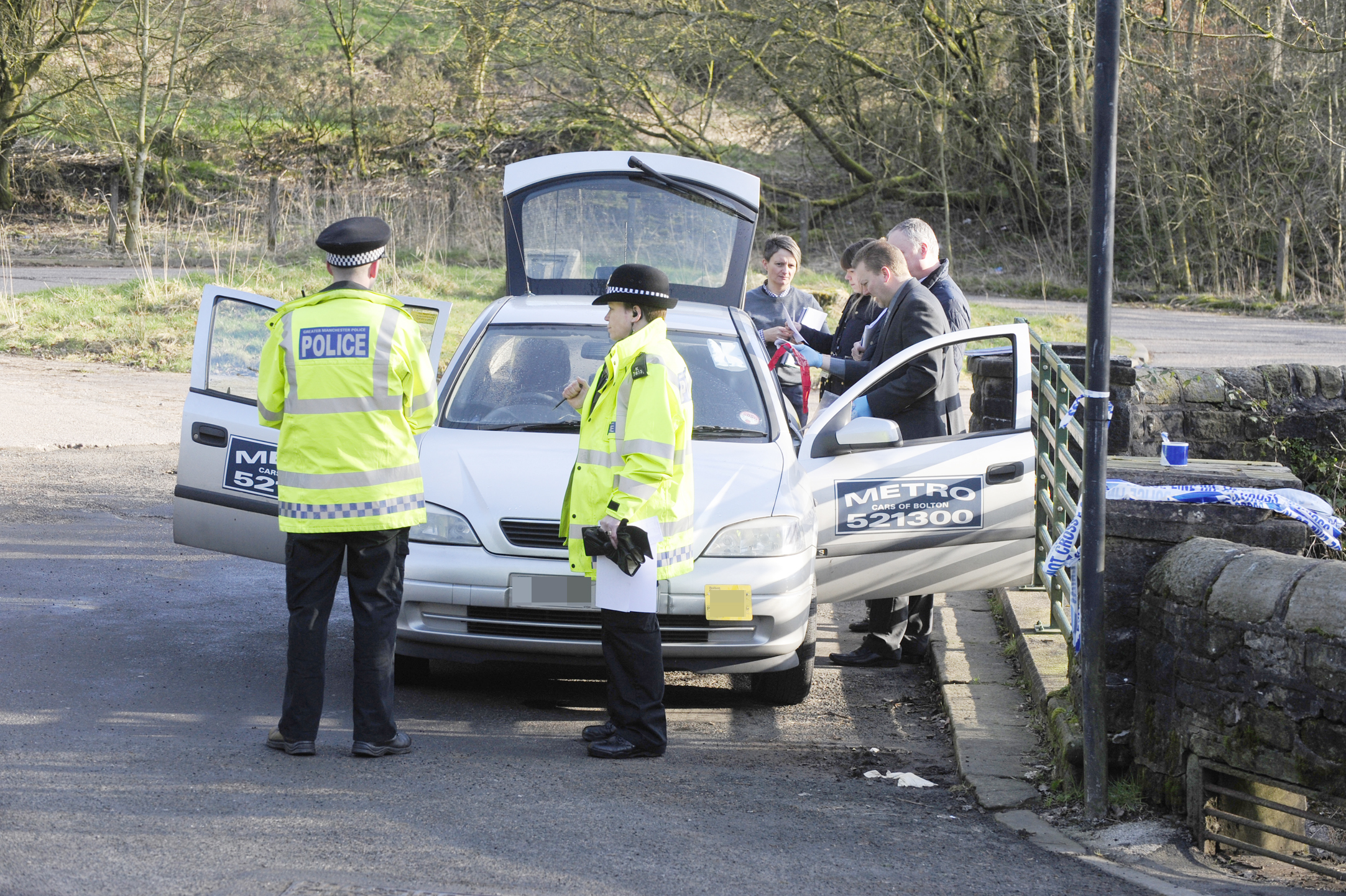 Metro taxi driver found hanged from Barrow Bridge