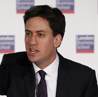 Miliband pledges English devolution