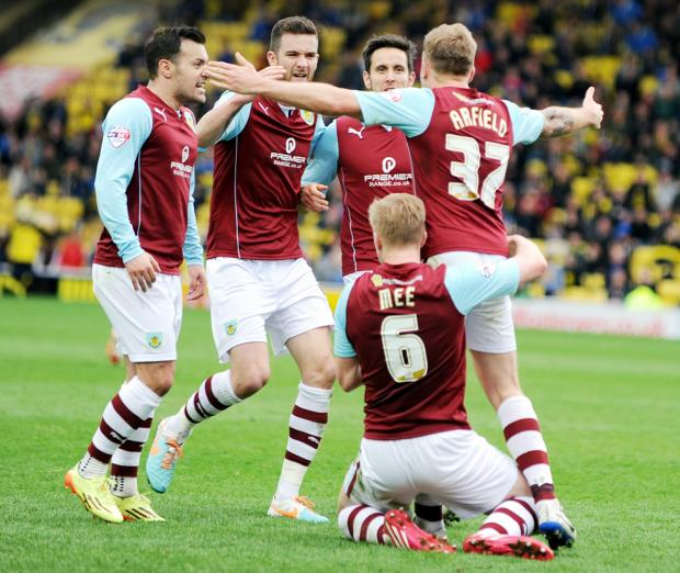 Scott Arfield celebrates his leveller