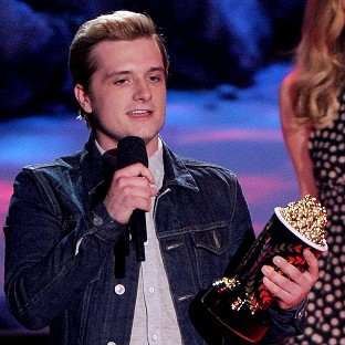 Hunger Games tops MTV Movie Awards