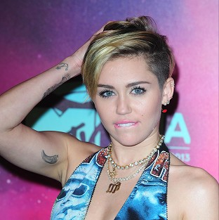 Miley Cyrus cancelled a concert in the US after suffering a reaction to antibiotics
