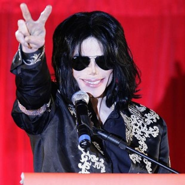 This Is Lancashire: Michael Jackson announces plans for his last performances in London, shortly before his death