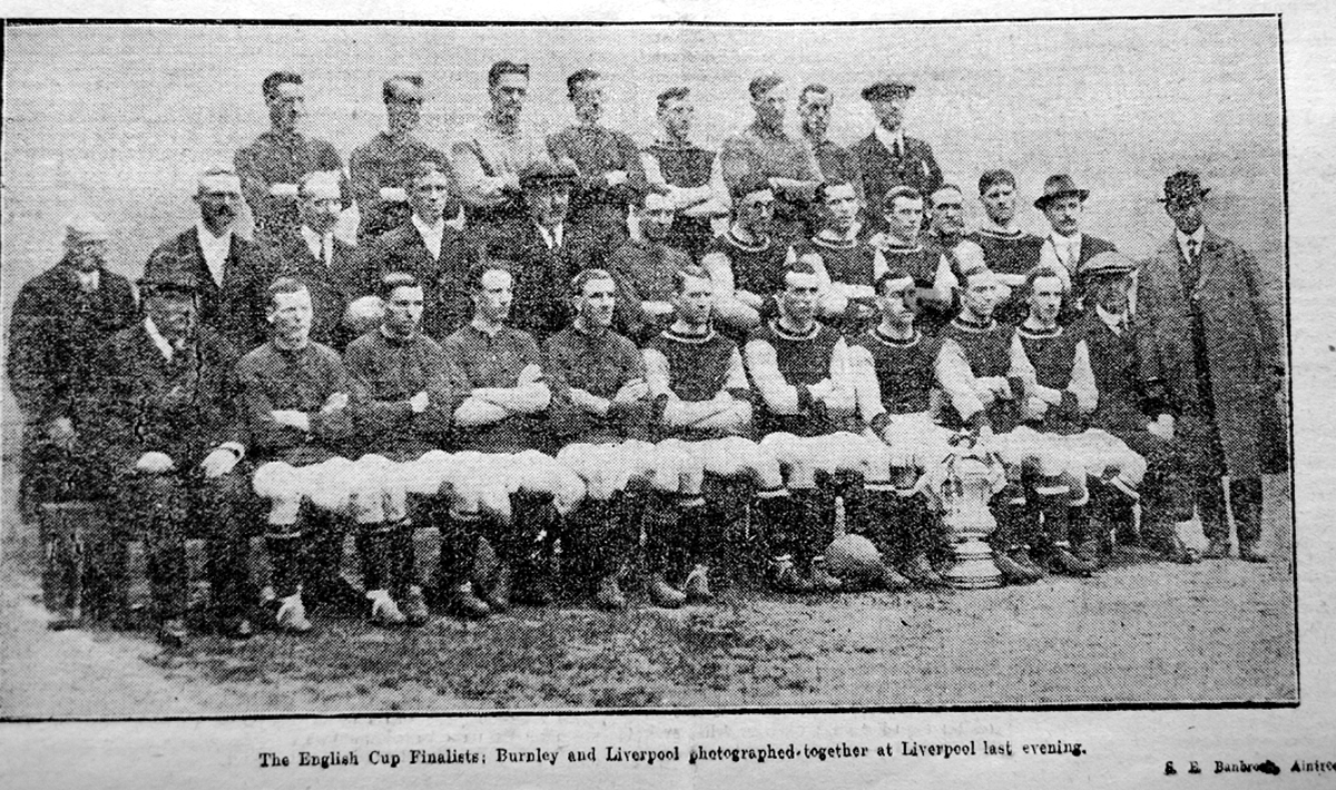 Burnley and Liverpool face the camera 100 years ago