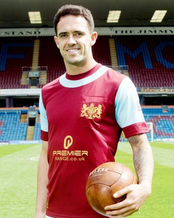 Danny Ings models the shirt