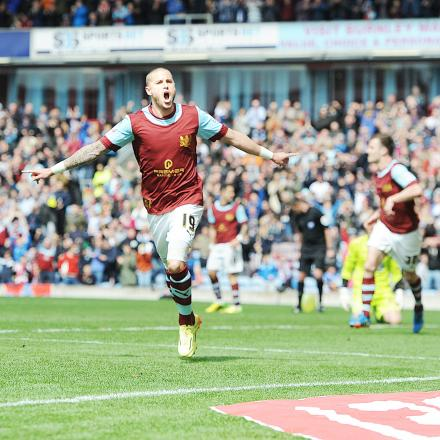 Michael Kightly is set to sign for the Clarets when he returns from honeymoon
