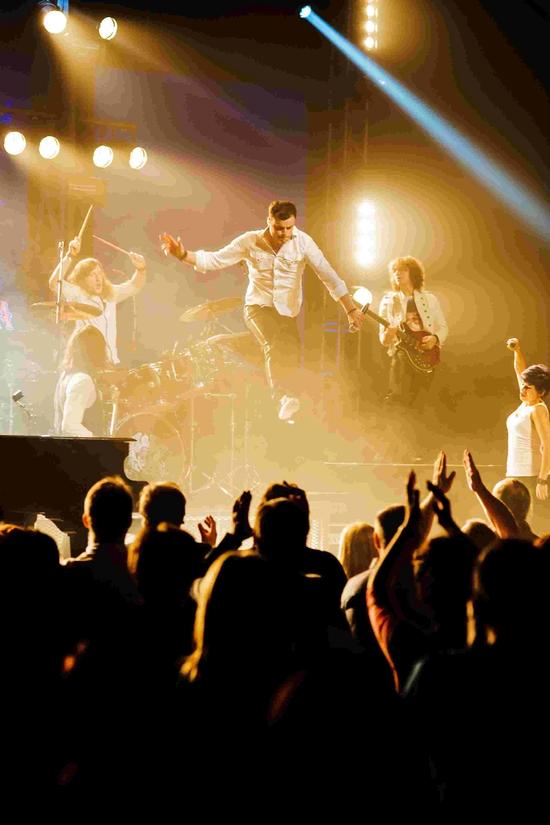 Offical Queen tribute show sets to be a 'heart-stopping' spectacular