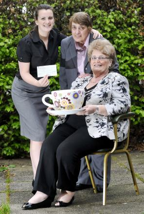 From left, Clare Gore and Jacqui Griffiths, of Street Angels, with Soroptimist president Cynthia Schofield