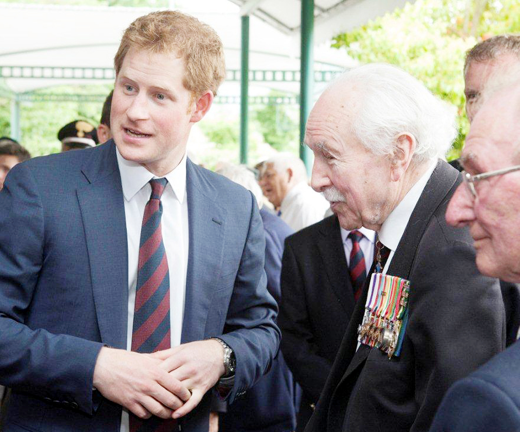 Bolton soldiers meet Prince Harry at World War Two remembrance service in Italy