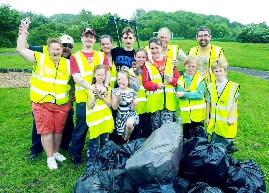 Brilliant team effort from residents who helped clean up Bedford Place Park