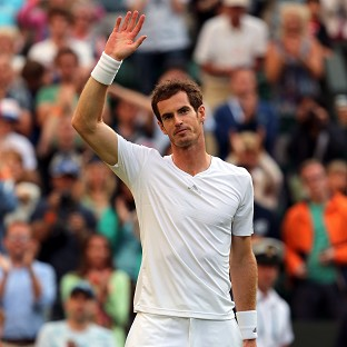 Stars shine at soggy Wimbeldon