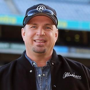 A comeback extravaganza by Garth Brooks has been called off