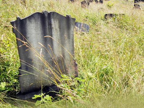 Visitors' plea at old Blackburn cemetery before World War One anniversary