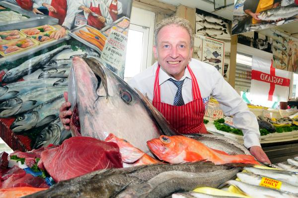 You have to 'sea' it to believe it - 26 stone tuna for sale at Bolton market