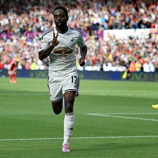Nathan Dyer celebrates hais second goal