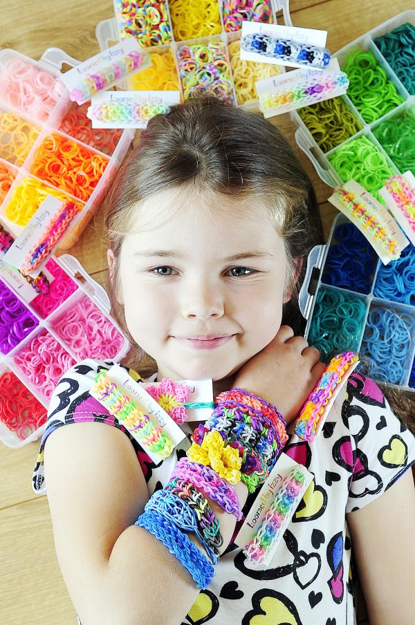 10-year-old starts loom band business so she can replace stolen iPod