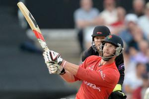 Returning Tom Smith says Lancashire will target the title on Division One return