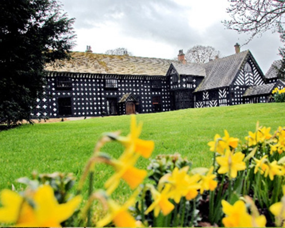Samlesbury Hall: Mother's Day Lunches & Afternoon Teas