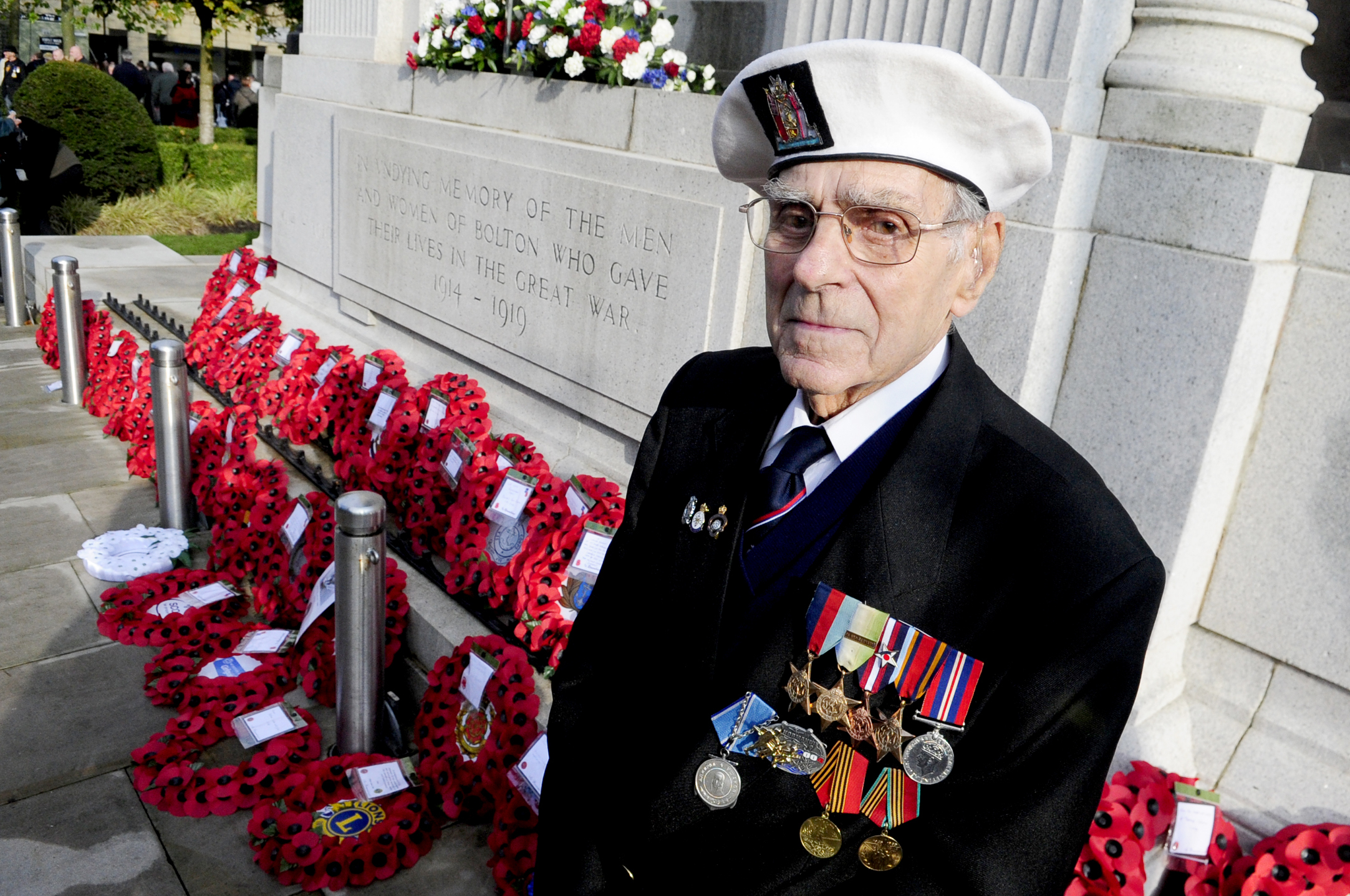 War veteran David Tonge of Westhoughton...Remembrance Sunday Parade on Victoria Square, Bolton. Photo by Nigel Taggart, Newsquest (Bolton) Ltd, Sunday November 9, 2014..