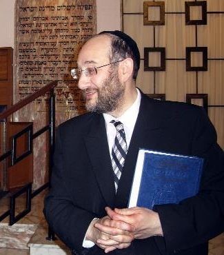 Whitefield Hebrew Congregation's minister Rabbi Jonathan Guttentag